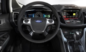 2013-Ford-C-Max-Hybrid-dashboard